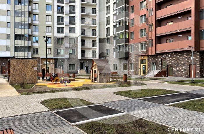 Продаётся двухуровневая 4 к. квартира с ВИДОМ НА МОСКВУ