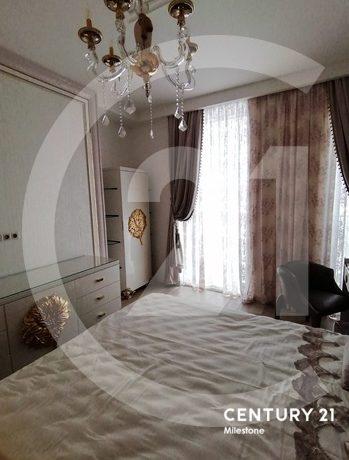 Продаётся 5 комнатная квартира. Общая площадь 175 кв.м