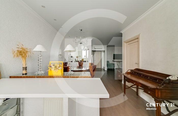 Продается просторная, светлая квартира
