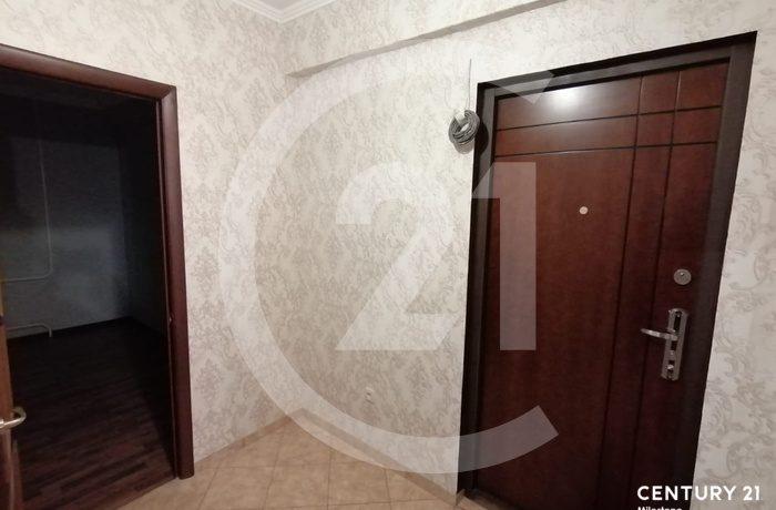 Продаётся 2 комнатная квартира. Общая площадь 42 кв.м.
