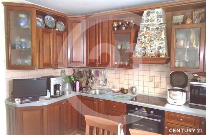 Продаётся 3 комнатная квартира. Общая площадь 73 кв.м.