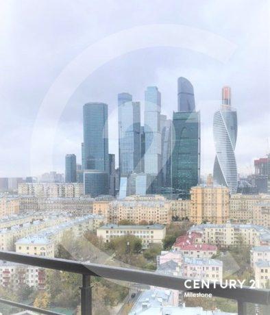 Двухуровневый пентхаус в тихом центре Москвы
