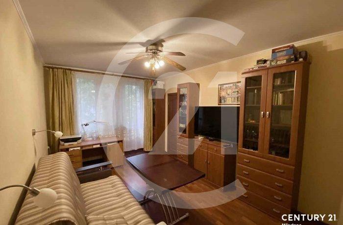 Продаётся светлая уютная 3-х комнатная квартира.