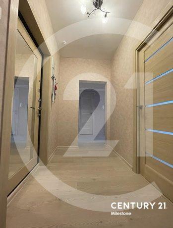 Продаётся 2 комнатная квартира с просторной кухней
