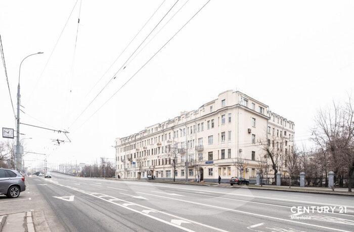 Продается стильная 5 комн.кв-ра в историческом центре города