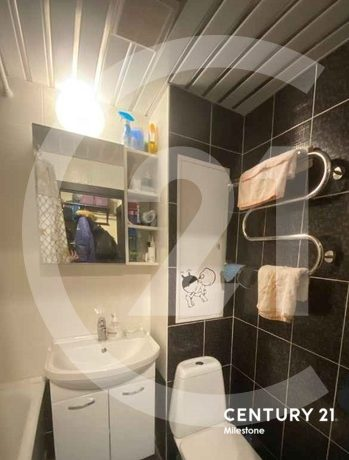 Продаётся 1 комнатная квартира. Общая площадь 37.3 кв.м