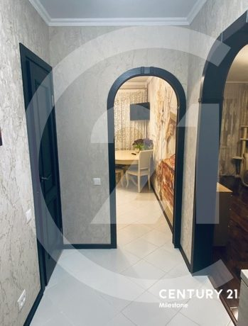 Продаётся отличная 1 комнатная квартира.