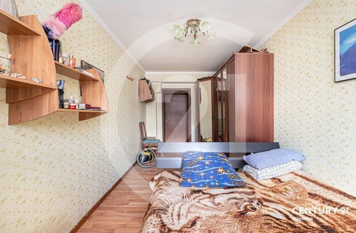 Продается уютная теплая светлая 3-комнатная квартира