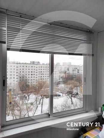 Вашему вниманию представлена просторная двухкомнатная квартира