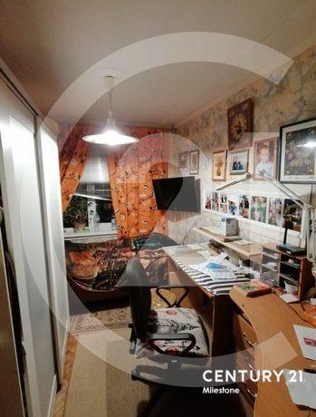 Продаётся 3 комнатная квартира. Общая площадь 54 кв.м.