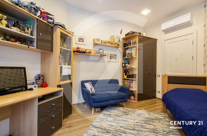 Лучшая квартира по лучшей цене!!! Продается со всей мебелью!!!