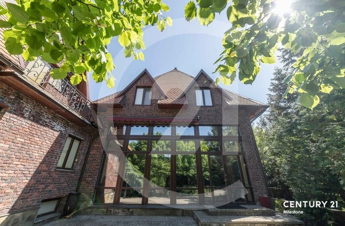 В самом престижном районе Рублевки продается дом