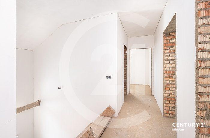 В живописном месте Московской области, в п. Малаховка продаётся 5ти комнатный коттедж