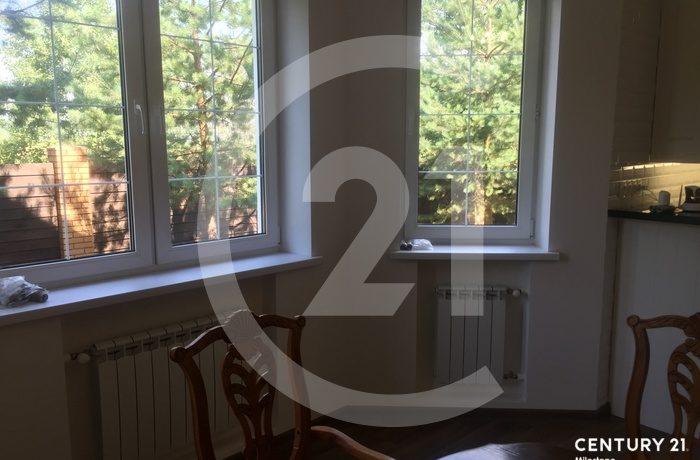 Предлагается на продажу дом 640 м2 с мансардой