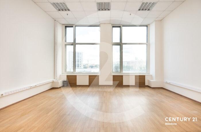 Продается 5й этаж в бизнес центре