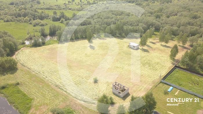 Предлагаем Вашему вниманию эксклюзивный большой земельный участок