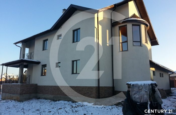 Продается очень комфортабельный кирпичный дом