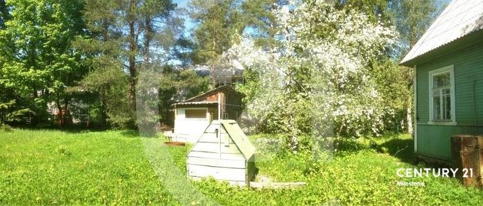 Продаётся жилой дом с участком в чудесном стародачном месте